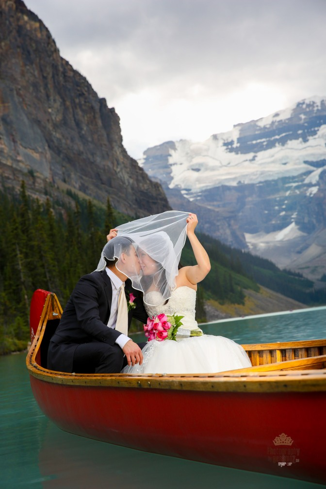 Romantic Mountain Wedding at Lake Louise